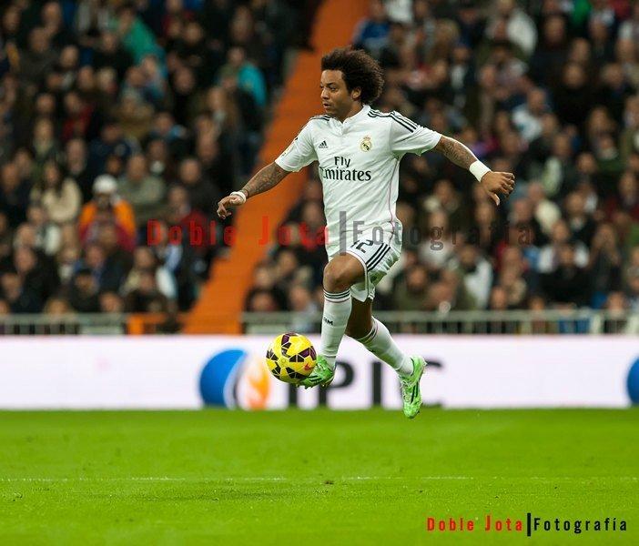 Fotografía de futbol: Marcelo volando