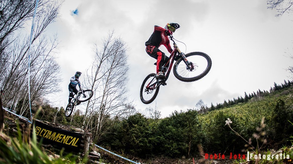 Resumen World Cup UCI DH Lourdes 2016
