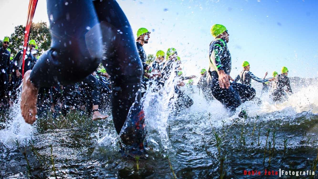 Foto de Triatlon, todos al agua.