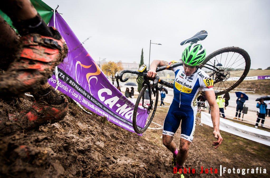 Fotos de ciclocross, con barro y a lo loco.